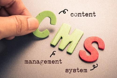 Durch ein Content Management System die Erstellung, Bearbeitung und Organisation einer Homepage vereinfachen.